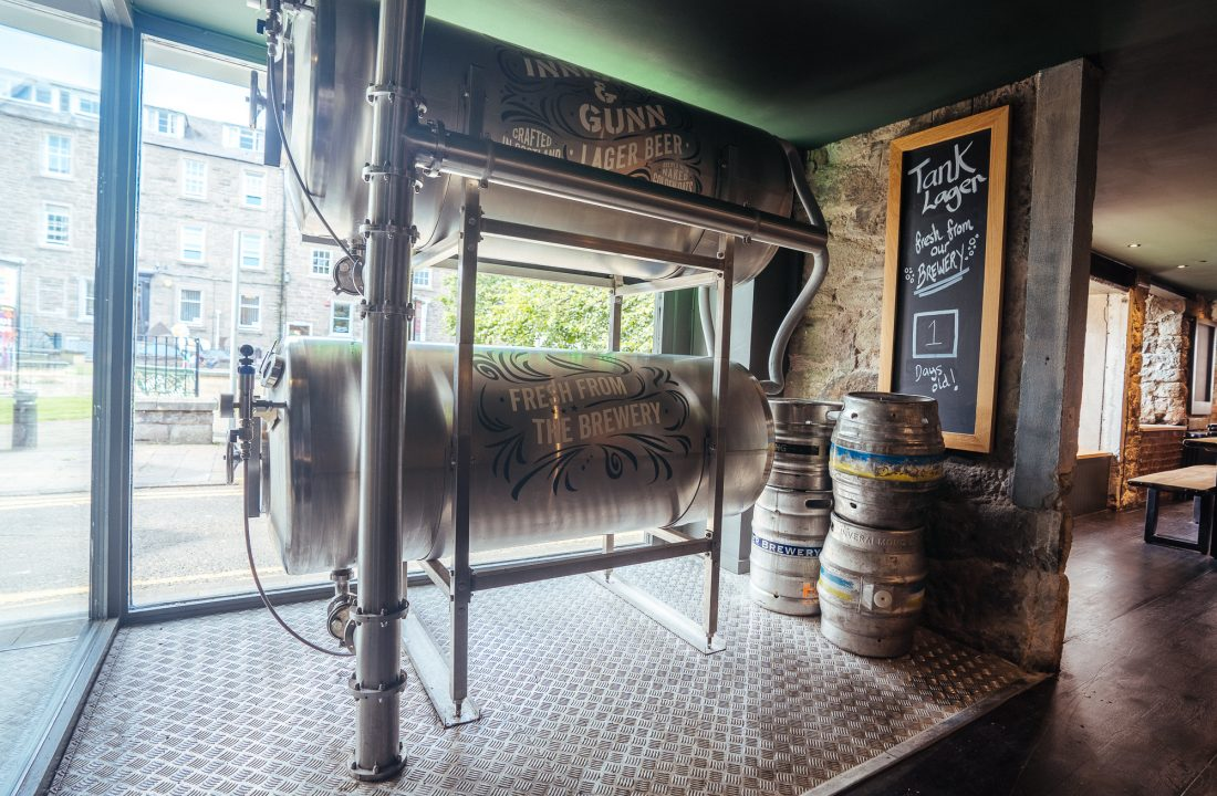 Dundee taproom bar 3